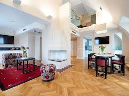 penhouse 801 wohnzimmer mit galerie und dachterrasse und