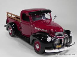 100 41 Chevy Truck Revell 125 Scale 19 Pick Up In Gloss Wine Red Model Paint