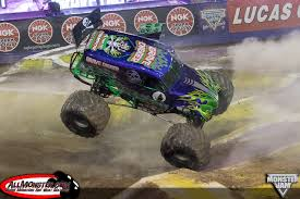 Las Vegas, Nevada - Monster Jam World Finals XVI Freestyle - March ... Houston Texas Reliant Stadium Ultimate Monster Jam Freesty Flickr Stone Crusher Claims Freestyle Victory In Charlotte Avenger Archives Monstertruckthrdowncom The Online Home Of Jams Royal Farms Arena Baltimore Postexaminer Hatbox Photographymonster 2018blog World Finals Xvii Competitors Announced Jon Zimmer No Joe Schmo Gravedigger Breaks A Wheel Freestyle Big Foot And Sonuva Digger Santa Clara 2018 Youtube Team Hot Wheels At Competion Brutus Stock Photos