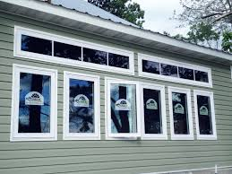 Quaker Maid Kitchen Cabinets Leesport Pa by Quaker Doors U0026 12x20 Quaker Shed With Board U0026 Batten Siding