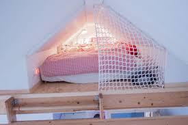 ausgebaute schlafkoje dachboden schlafzimmer ideen