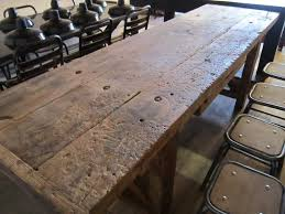 table de cuisine ancienne en bois grande table établi en bois design industriel geonancy design