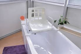 si e baignoire pivotant siège pivotant standard de baignoire phimedical