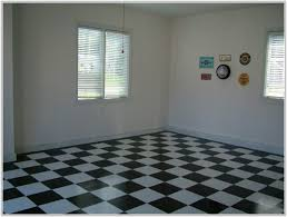 Checkered Vinyl Flooring Roll by Black And White Checkered Vinyl Flooring Roll Wood Floors