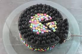 smarties torte backen schwarze torte ohne fondant selber