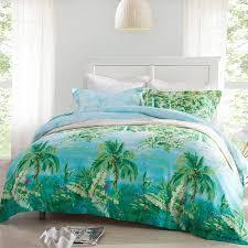 Bedroom With Hawaiian Palm Tree Bedding Tropical Palm Tree