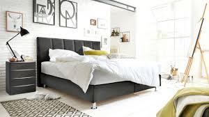 richtig lüften im schlafzimmer tipps gegen schimmel gerüche