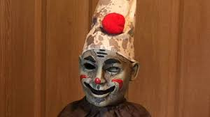 Spirit Halloween Animatronics Clown by Roaming Antique Clown Review Spirit Halloween Youtube
