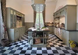 französische jadgdresidenz landhausstil küche