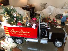 100 Big Daddy Trucking Susan Fox On Twitter Merry Christmas From Gagasgarden