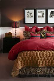 Animal Print Bedroom Decorating Ideas by Best 25 Leopard Bedroom Decor Ideas On Pinterest Leopard