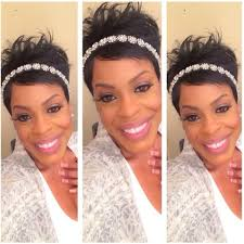 Hot Hair Niecy Nash Rocks Short Cut