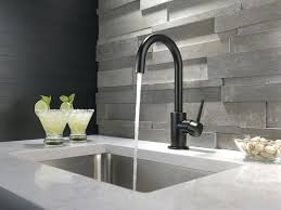 black kitchen faucet subscribed me