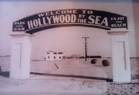 100 Oxnard Beach House Hollywood In California Vintage Postcard