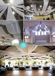 décorer votre salle avec des drapées en tissu organiser un mariage