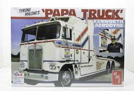 Tyrone Malone's Papa Truck AMT 932 1/25 New Truck Model Kit | Toys ...