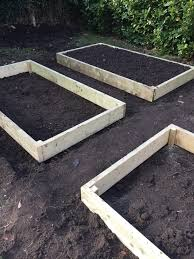 How to make raised beds for veggies and what to plant each month