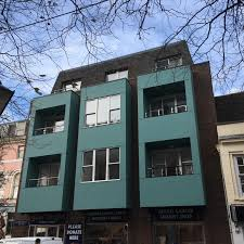 Dorset Chartered Builders Greendale Construction Limited Has Transformed A Vacant Old Office Block In The Heart Of Poole Town Into Fifteen Stylish