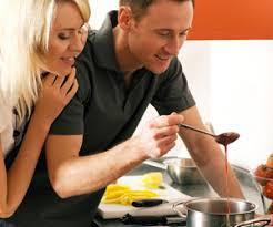 couples amour cuisine en amour on aime partager
