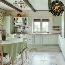 provence französische landhausküche mit insel mintgrün