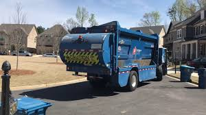 Republic Services: Awesome Sounding Mack LE Top-select Garbage Truck ...