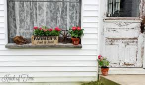 How To Make A Rustic Pallet Wood Farmhouse Window Flower Box