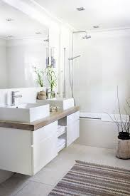 Small Modern Bathrooms Pinterest by Best 25 Scandinavian Bathroom Ideas On Pinterest Scandinavian