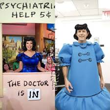 Matt Lauer Halloween J Lo by Wendy Williams Rivals Matt Lauer U0027s Lucy Van Pelt Halloween Costume