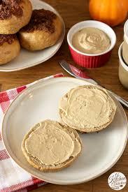 Panera Pumpkin Muffin Recipe by Cinnamon Crunch Pumpkin Bagels With Whipped Pumpkin Pie Cream