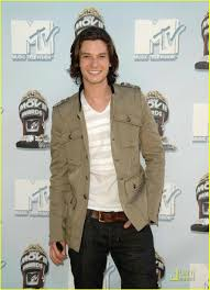 Ben Barnes - MTV Movie Awards 2008: Photo 1173031   Ben Barnes ... Ben Barnes Ben Barnes Benjamin Thomas Wallpapers 33 Best Public Appearances 2016 Images On Pinterest The Chronicles Of Narnia Prince Caspian Garden Photocall Photos Jackie Ryan Movie Clip 100 Miles 2015 Katherine Heigl Puts Up A Fight Against Red Coats In New Sons Of Journey To The Small Screen Da Man Magazine Seventh Son Official Comflix Trailer Jeff By Gun Nick And Sal 2014 Harvey Keitel British Actor Arrives At Tokyo Stock Doriangraypicshdbenbarnes8952216001067jpg 16001067 30 Liberty Liberty 2017 Salvatore Ferragamo Uomo Casual Life Fgrance