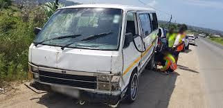100 Mini Truck Scene Thirteen Injured When Minibus Taxi Driver Tries To Avoid Truck