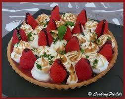 tarte aux fraises pate feuilletee recette de tarte aux fraises meringuée sur pâte sablée au citron