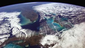 Astronaut Chris Hadfield Took 45000 Photos From Space Here Are Some Of The Best