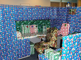 Cubicle Holiday Decorating Themes by Cubicle Birthday Decorating Ideas Cubicle Decorating To Motivate