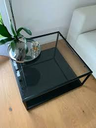 glastisch schwarz wohnzimmer glänzend wohnzimmertisch couchtisch