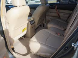 2008 Toyota Highlander Captains Chairs by 2008 Toyota Highlander Awd Limited 4dr Suv In Plainwell Mi