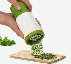 6 Smart Kitchen Items That Will Keep Your Hands Mess Free