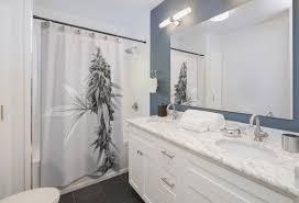 stoner geschenk marihuana dekor duschvorhang housewarming geschenk stoner dekor badezimmereinrichtung schwarz und weiß neue zuhause cannabis