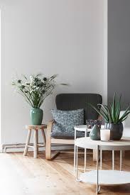 skandinavisches wohnzimmer sitzecke in blau tönen