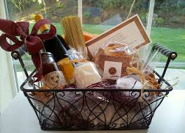 New Neighbors Did It Rhcom Basket House Housewarming Gift Ideas For First Home Traditional