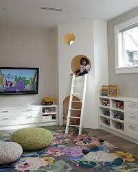 chambre alcove déco chambre enfant des cachettes et des aires de jeux