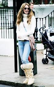 Elle Macpherson Wearing UGGs
