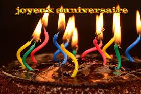 gâteau au chocolat bougie allumée joyeux anniversaire carte de
