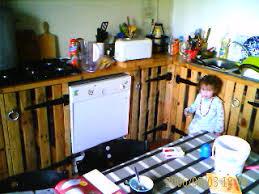 meuble cuisine palette faire des tagres avec des palettes awesome ralisez un grand canap
