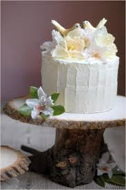 DIY Rustic Tree Wedding Cake Stand
