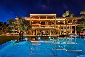 104 Modern Homes Worldwide Billionaire Bling These Are The Most Luxurious In The World Loveproperty Com