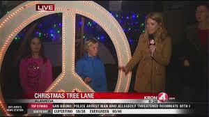 Christmas Tree Lane Alameda by Christmas Tree Lane Lights Up East Bay Kron4 Com