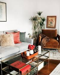 gemütliche 70er jahre atmosphäre im wohnzimmer jillian