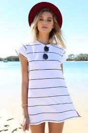 Stylish Escape Tropical Vacation Outfit Ideas To Try Now