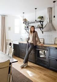 les cuisine ikea vu sur insidecloset la cuisine de laure de sagazan les étagères